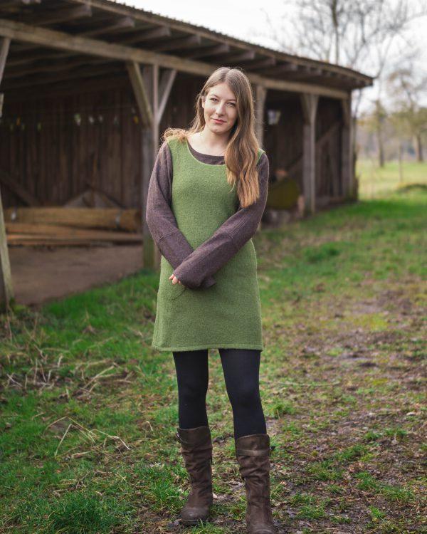 Trägerkleid aus Wollwalk Modell Frieda