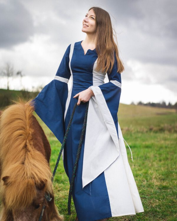 Mittelalterkleid Modell Mariela