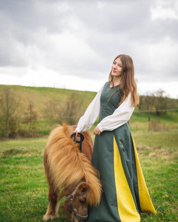 Ärmelloses Leinenkleid Modell Helena