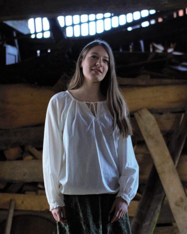 Leichte Bluse mit langen Ärmeln Modell Lena