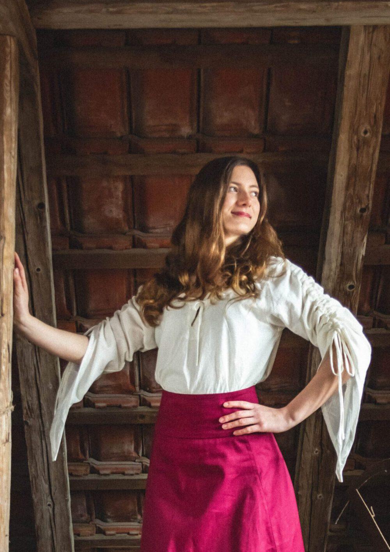 Sommerliche Bluse mit Hochziehärmel Modell Anna