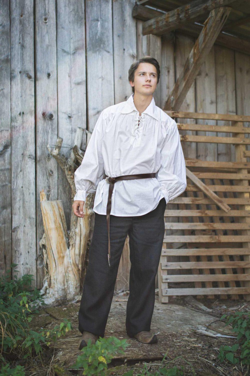 Renaissancehemd / Piratenhemd mit spitzem Kragen Modell Erol