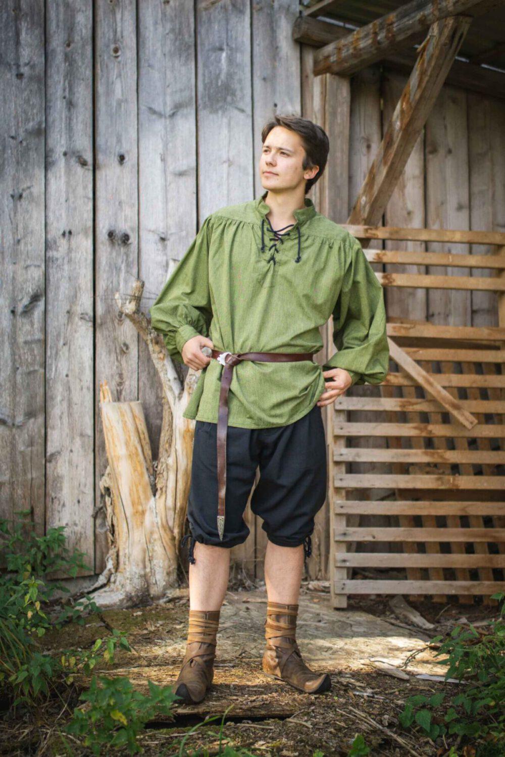 Stehkragenhemd aus mittelschwerer Baumwolle Modell Konrad